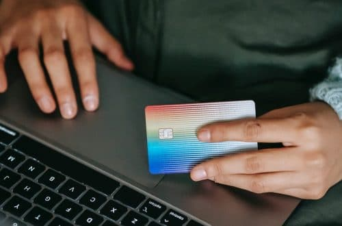 banque en ligne sans condition de revenu